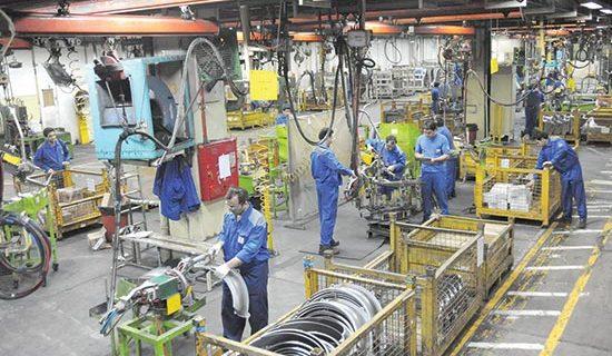 رئیس سازمان صمت لرستان: ۱۳۹ واحد تولیدی در لرستان احیا شد/توزیع ۱۳۰۰ تن روغن در بازار