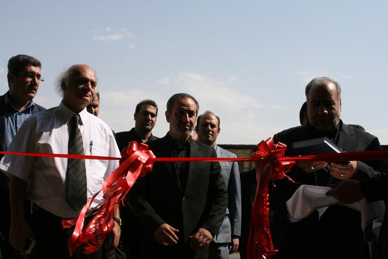 طرح توسعه کارخانه لنت سازی رازمهر خرم آباد با ظرفیت سه هزار تن به بهره برداری رسید